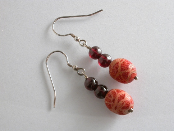 65035 - Coral & Garnet Drop Earrings in Sterling Silver