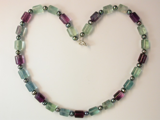 68666 - Fluorite & Pearl Necklace with silver clasp