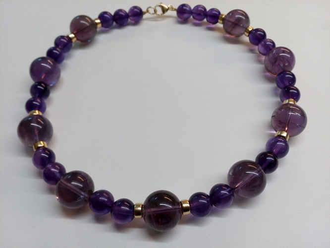 68873 - Amethyst bead necklace with 9ct yellow gold beads & fittings