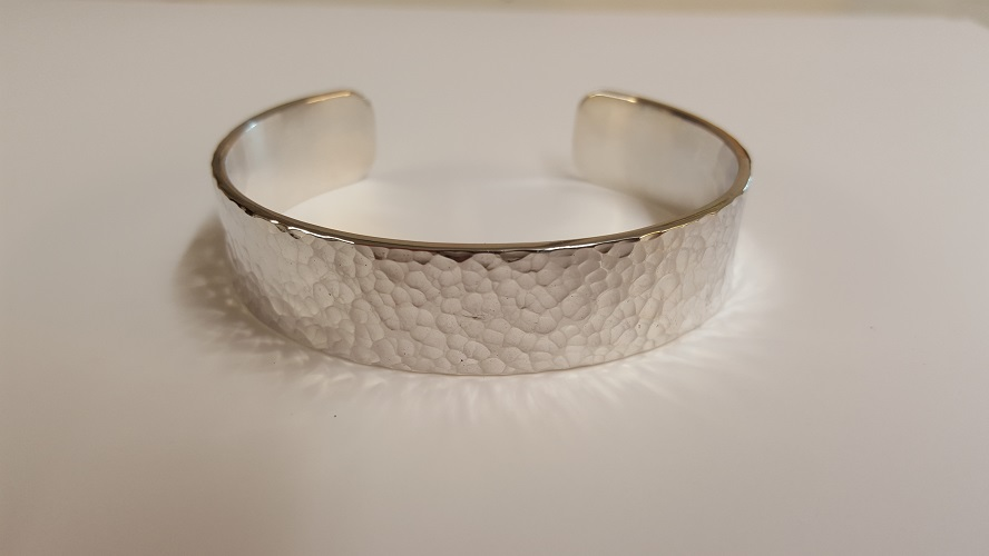 69102 - Handmade hammered Cuff Bangle in Sterling Silver