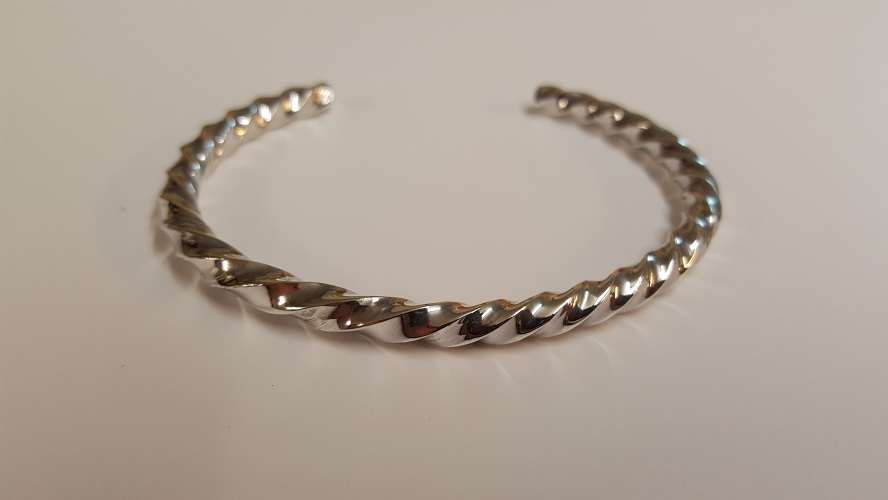 69103 - Handmade Twisted Cuff Bangle in Sterling Silver