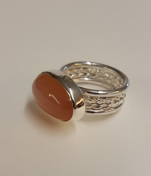 69157 - Handmade Peach Moonstone Ring
