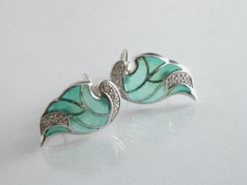 65033 - Plique A Jour Green Enamel Wing Earrings