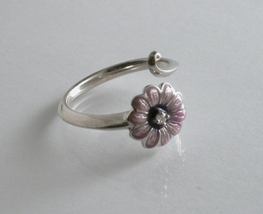 65793 - Daisy Ring in pink enamel