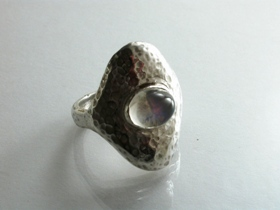 66826 - Handmade Ring in Sterling Silver set with Moonstone