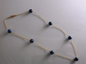 67086 - Kyanite & 18ct Yellow Gold Necklet