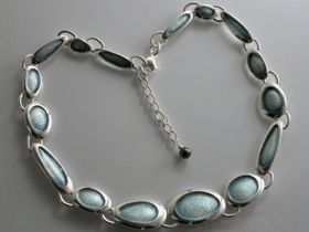 67284 - Sterling Silver Blue Grey Shoreline Pebble Necklace