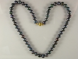 68026 - Grey/Black Freshwater Cultured Pearls