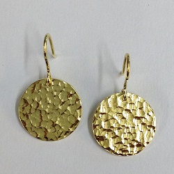 68525 - Handmade 18ct vermeil hammered Disc drop earrings on hook fittings for pierced ears