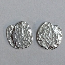 68533 - Handmade Sterling silver hammered double leaf stud earrings