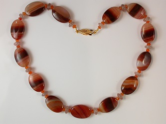 68622 - Cornelian & Cherry Quartz Necklace with gold plated safety clasp