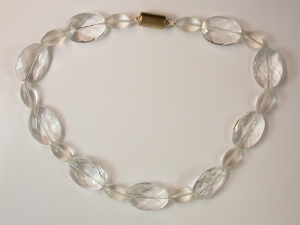 68624 - Facetted Rock Crystal Necklace with magnetic clasp