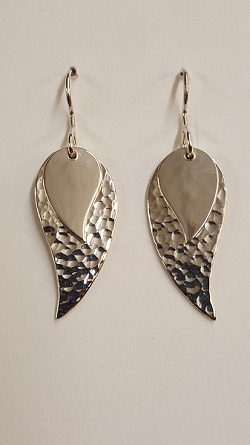 68739 - Handmade Sterling Silver Paisley hammered drop earrings