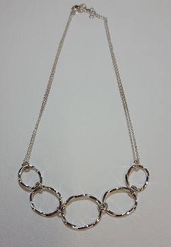 69122 - Handmade sterling silver twist hoop necklace