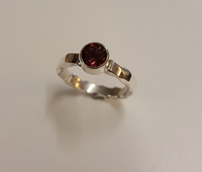 69199 - Hand forged Rhodolite Garnet Ring in Sterling Silver