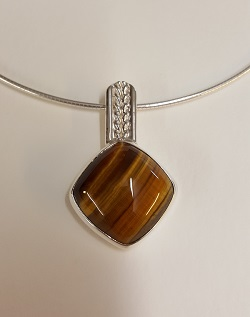 69200 - Handmade sterling silver Tigers Eye pendant on cable neck wire