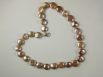 69574 - Naturally coloured cultured Coin Pearl necklace with silver magnetic clasp