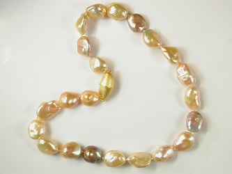 69576 - Naturally coloured Baroque cultured Pearl necklace with gold plated silver magnetic clasp