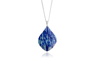 69735 - Aluminium Honesty Blue Pendant & Chain