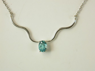 70171 - Neon Blue Apatite necklace in Sterling Silver